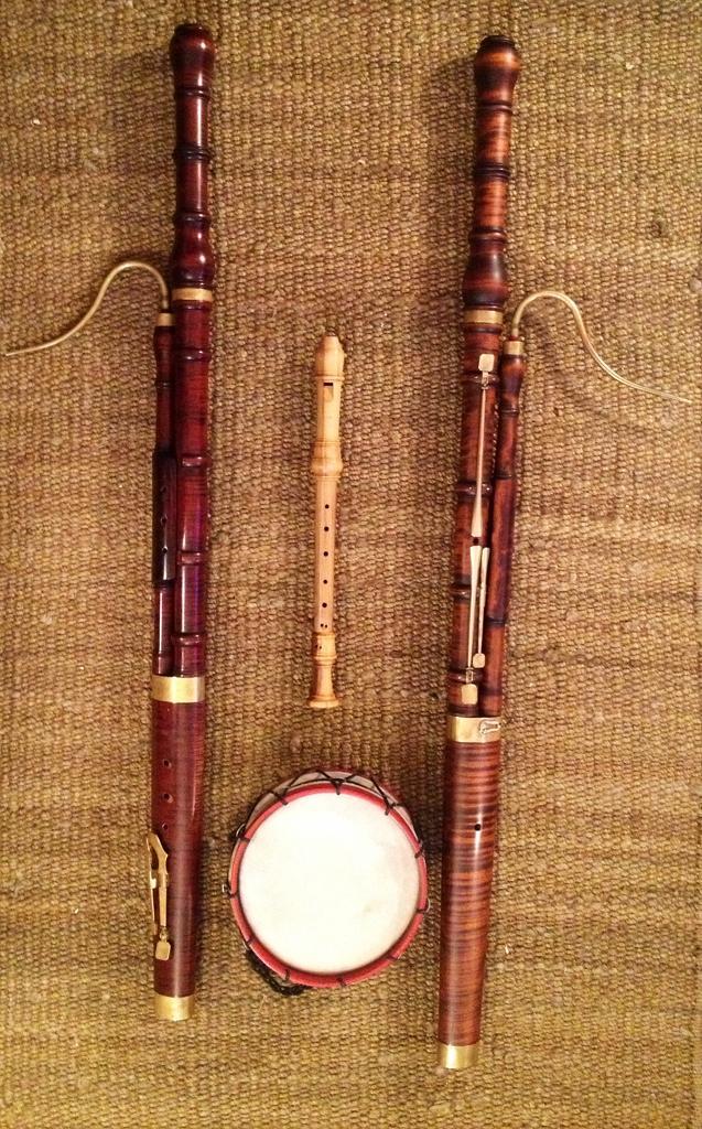 Bassically French, Marais trio – track 5 (Baroque Bassoon)